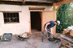Hlinené omietky – preprava materiálu